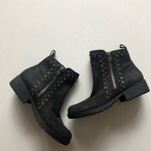 Lucky Brand black booties size 8